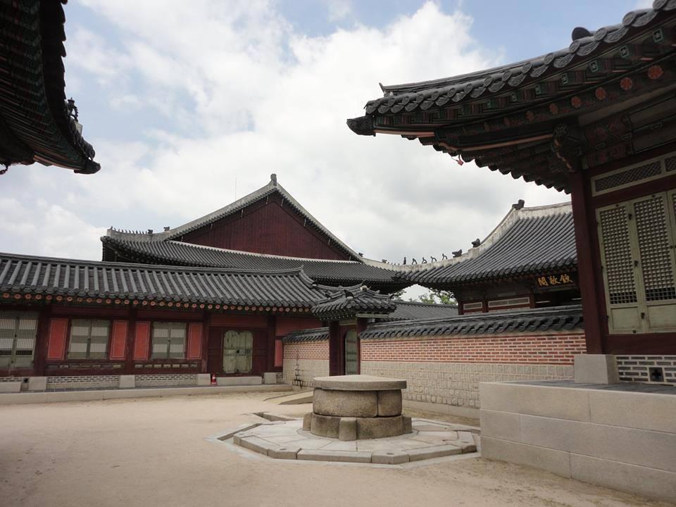 palais royal traditionnel coréen Gyeongbokgung Séoul lieux à visiter en Corée du sud