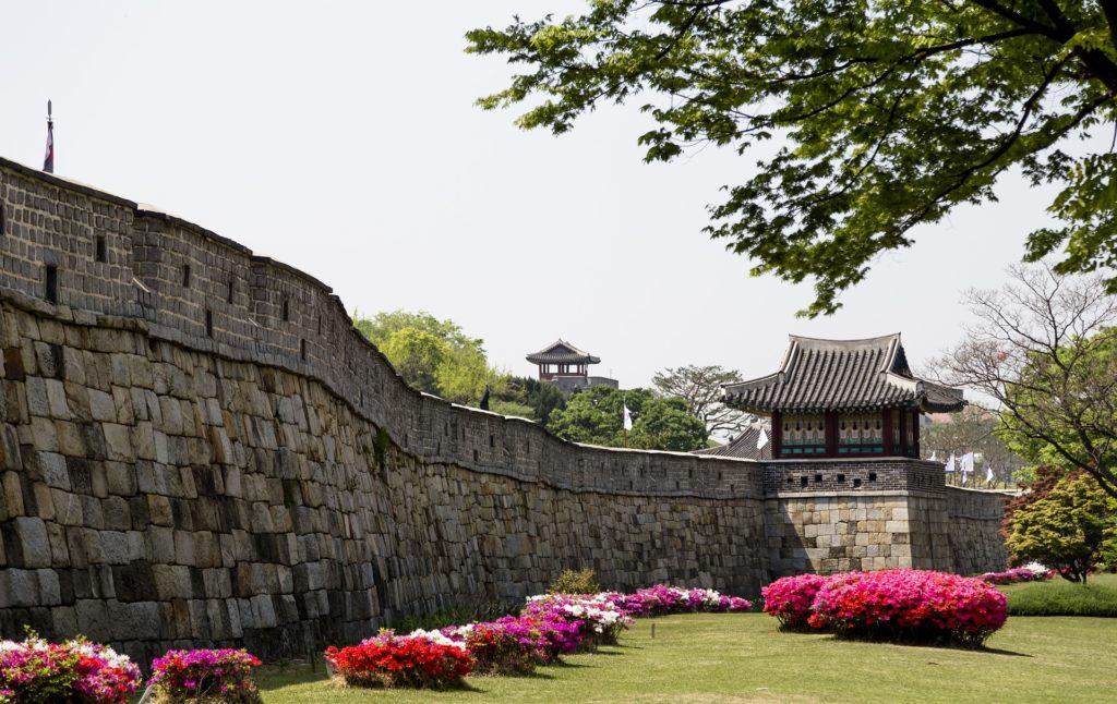 forteresse de Suwon muraille ville fortifiée temple lieux à visiter en Corée du sud