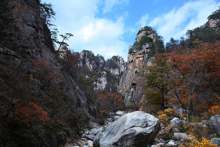 Mont Seoraksan parc national Corée du sud idée de visite voyage en corée