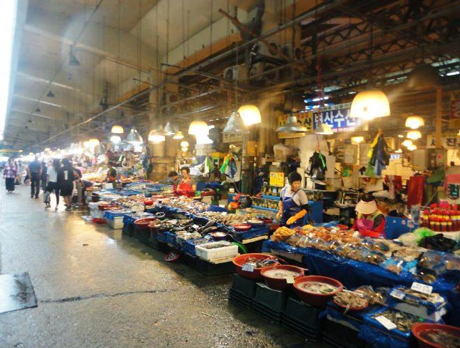 marche-de-poisson-en-asie